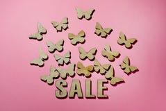 Verkoop, een dag van minnaars, vlinders een symbool van vliegend geld royalty-vrije stock afbeeldingen