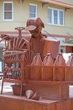 Verkoop Tin Man op Stadsstraat royalty-vrije stock afbeelding