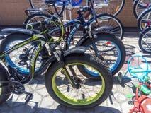 Verkoop van fietsen in de straat Markt voor de verkoop van fietsen Royalty-vrije Stock Fotografie