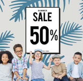 Verkoopkorting het Winkelen Shopaholics Bevorderingsconcept Stock Foto's