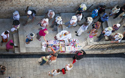 Verkopende herinneringen in Dubrovnik Stock Foto