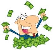 Verkäufer, der in einem Stapel des Geldes spielt Stockfoto