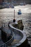 Verlassen des Hafens Stockfotografie