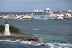 Verlassen von Nassau-Hafen, die Bahamas Lizenzfreies Stockfoto