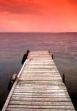 Verlassene Brücke während des nebelhaften Tages Lizenzfreies Stockbild