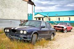 Verlassene Fahrzeuge stockfotografie