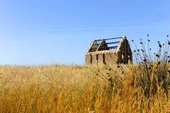Verlassene Fischerhütte lizenzfreies stockbild