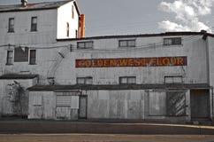 Verlassene Getreidemühle in Clovis, New Mexiko Stockbilder