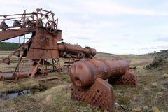 Verlassene Goldmine am See Lago Blanco Stockfotos