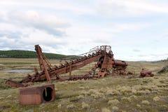 Verlassene Goldmine am See Lago Blanco Lizenzfreies Stockfoto