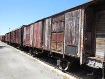 Verlassene hölzerne Schienenfahrzeuge lizenzfreie stockbilder