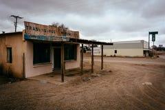 Verlassene Handelsstation in Moriarty, New Mexiko Stockbilder