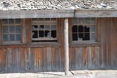 Verlassene KombinationsmotelTankstelle und Restaurant auf altem Route 66 in Texas im Verfall stockfotos