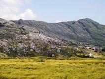 Verlassene Kupferminen in Slieve Miskish Mts lizenzfreie stockfotos
