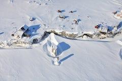 Verlassene polare Station - Vogelperspektive Lizenzfreies Stockfoto