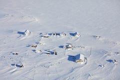 Verlassene polare Station - Vogelperspektive Stockfotos