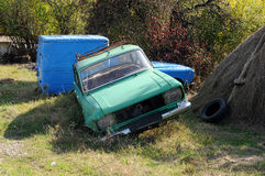 Verlassene Russisch-gemachte Autos Lizenzfreie Stockbilder