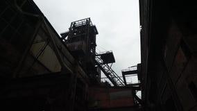 Verlassene Stahlfabrik stock video footage