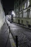 Verlassene Straße in Montmartre Lizenzfreies Stockfoto