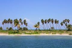 Verlassene tropische Insel Lizenzfreies Stockfoto