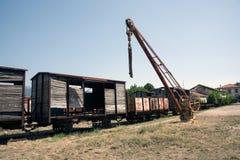 Verlassene Zuglastwagen in Sardinien lizenzfreies stockfoto