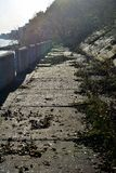 Verlassener Damm stockfotografie