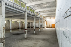 Verlassener Pferdebahn-Stall Stockfotografie
