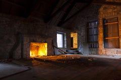 Verlassener Steinhaus-Innenraum Stockfotografie