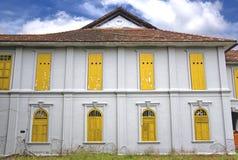 Verlassenes altes Haus stockbilder