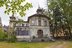 Verlassenes altes Haus von Sinaia-Stadt Stockfoto