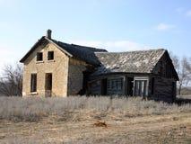 Verlassenes altes Steinbauernhof-Haus Stockbild