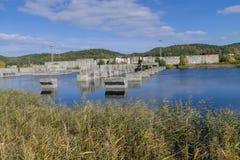 Verlassenes Atomkraftwerk Stockbild