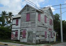 Verlassenes Haus in der Stadt von Key West, Florida Lizenzfreie Stockfotos