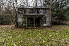 Verlassenes haus- Zollarsville, Pennsylvania Lizenzfreies Stockfoto