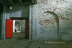 Verlassenes Lagerhaus-Gebäude Stockbilder