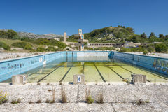 Verlassenes lido auf Rhodos, Griechenland lizenzfreie stockbilder