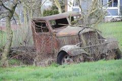 Verlaten Antieke Vrachtwagen Royalty-vrije Stock Afbeelding