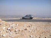 Verlaten Auto met Propped-Kap Royalty-vrije Stock Afbeelding