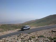 Verlaten Auto met Propped-Kap Stock Afbeelding