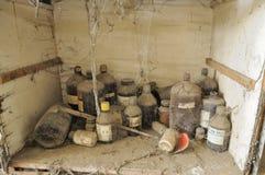 Verlaten chemisch laboratorium. Stock Afbeelding