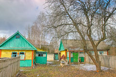 Verlaten de lentehuis dichtbij Tchernobyl Stock Afbeelding
