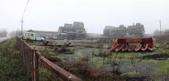 Verlaten fabriek, grondgebied Stock Foto's