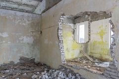 Verlaten gebouwenruïnes Stock Foto's