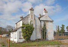 Verlaten gesloopt verlaten huis royalty-vrije stock foto