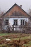 Verlaten huis. Stock Foto's