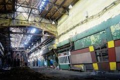 Verlaten industriële vuile workshop Royalty-vrije Stock Foto