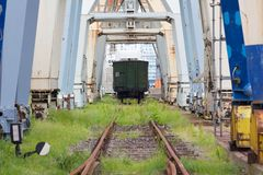 Verlaten Industrieel Dok Royalty-vrije Stock Foto's