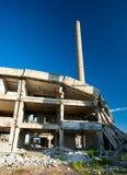 Verlaten industriële gebouwen Stock Afbeelding