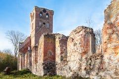 Verlaten middeleeuwse kerk van heilige Barbara stock afbeeldingen