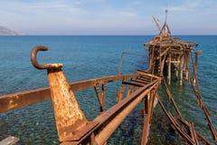 Verlaten Pijler in Xeros, Cyprus in Landschap Royalty-vrije Stock Afbeeldingen